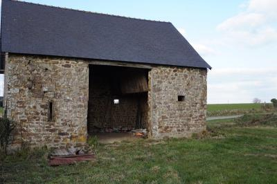 Barn with CU in Countryside to Renovate