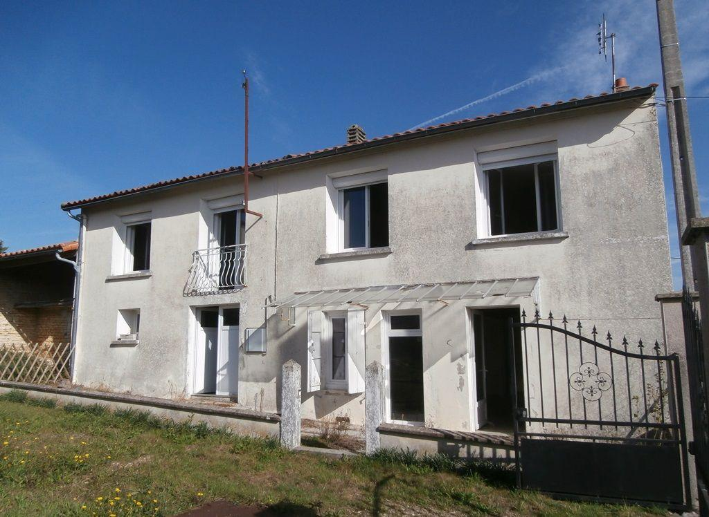 House and Beautiful Outbuildings On 2.5 Hectares