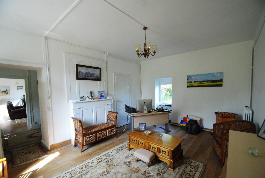 Superb Country House and Guest Gite Options