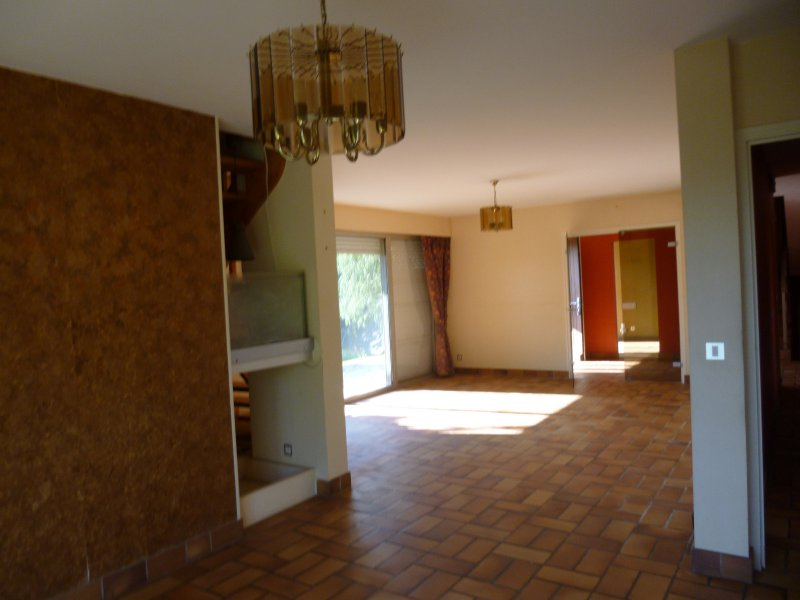 Traditional House on 1.25 Hectares