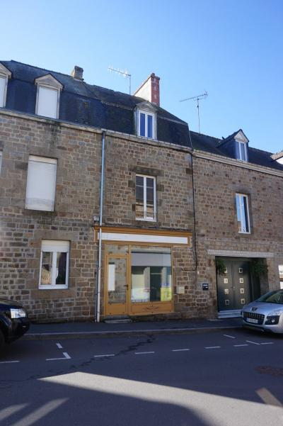 Town House with Business Potential
