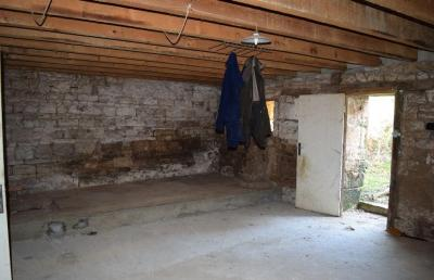 House To Renovate with Good Potential