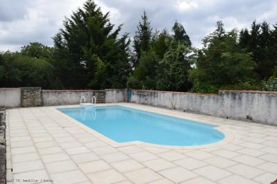 Renovated House With Guest Gite, Swimming Pool