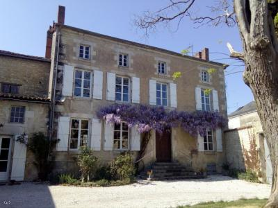 Beautiful Manor House, Maison de Maitre