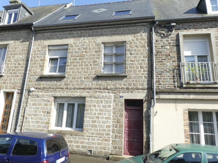 Town House - Ideal Holiday Home