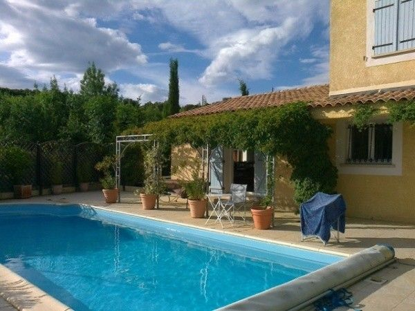 Quality Villa With 3 Bedrooms On A 1000 M2 Plot With Pool