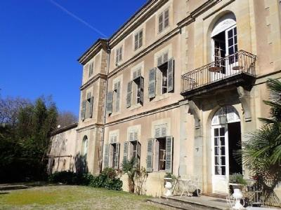 Stunning Domaine On The Canal Du Midi With Chateau, Cottages And Annexes On A Plot Of 5.63 Ha.