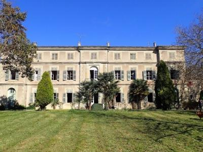 Chateau, Cottages And More By Canal du Midi