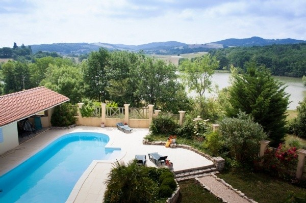 Lakeside Property With Guest Gite Plus Heated Pool