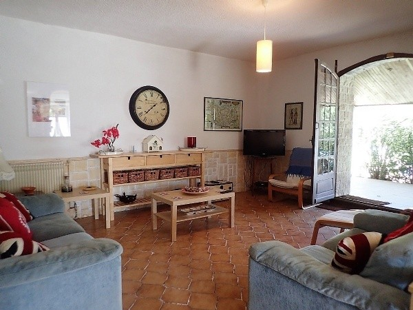 Renovated Winery With 5 Bedrooms On A 1710 M2 Plot With Pool And Views. Sold Fully Furnished.