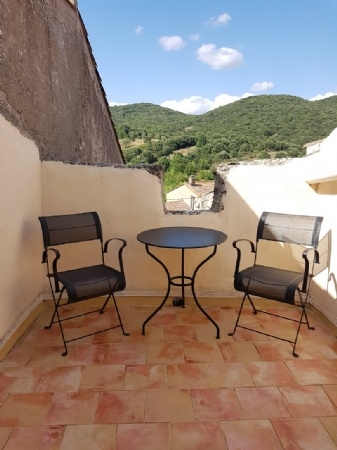 Renovated Stone House With Gite, Studio, Cellars, Courtyard Of 50 M2 And Terraces With Views.