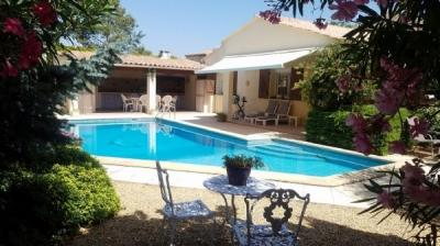 Charming Traditional Villa With 168 M2 Of Living Space, 4/5 Bedrooms On 671 M2 With Pool.