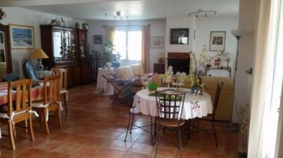 Beautiful Villa with B&B Business and Pool