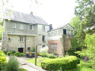 SLD02494 - Under Offer with Cle France