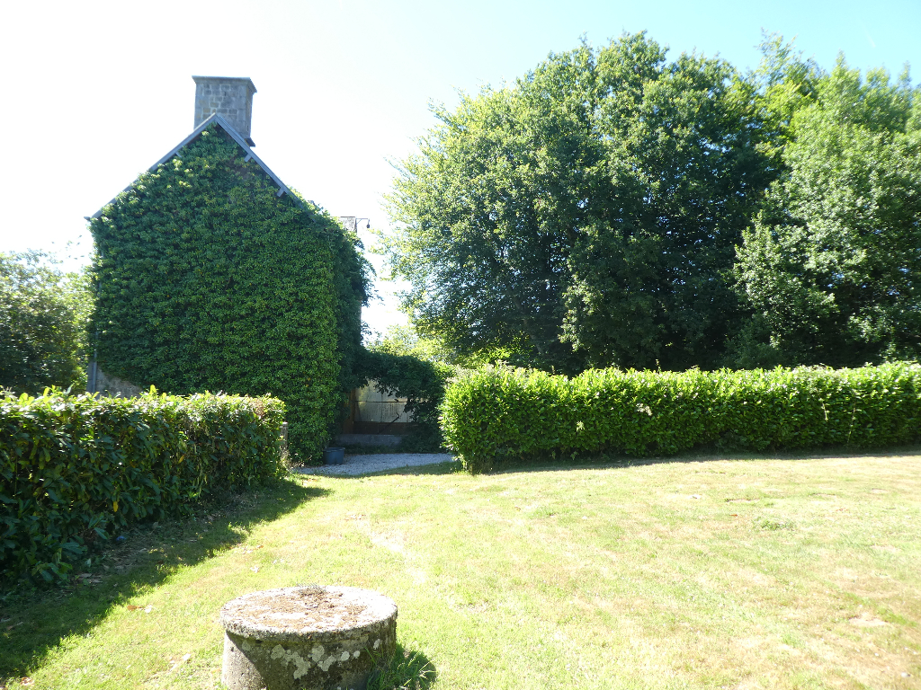 Detached Country House with One Acre