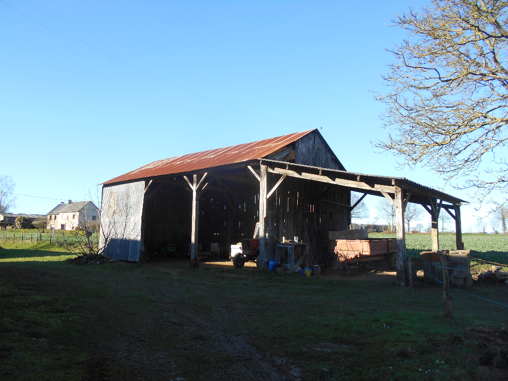 Former Farmhouse with Outbuildings