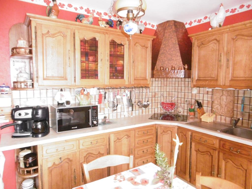 Lovely Quality Mature Detached House